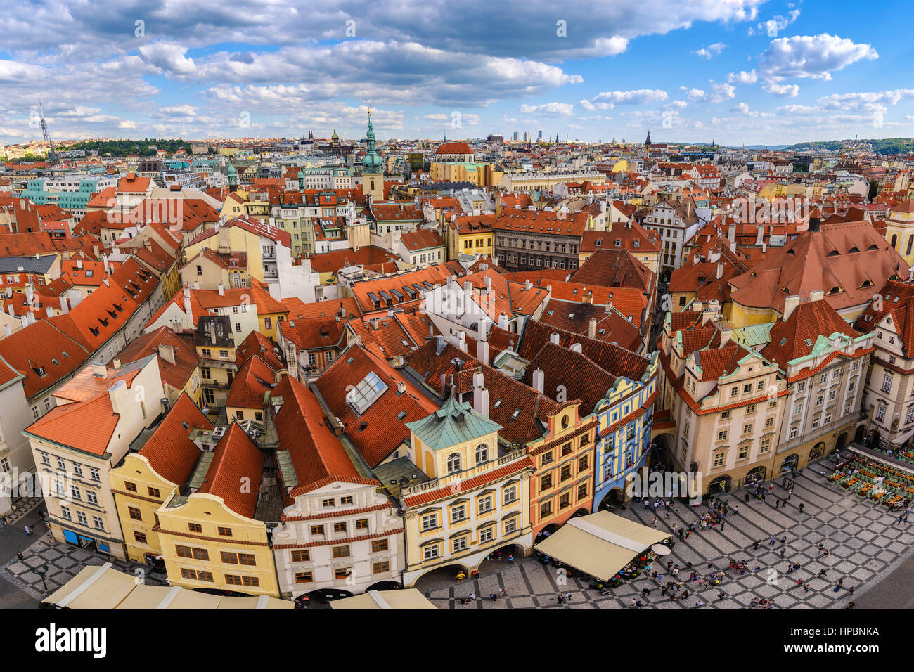 Prague city skyline at Old Town Square, Prague, République Tchèque Photo Stock