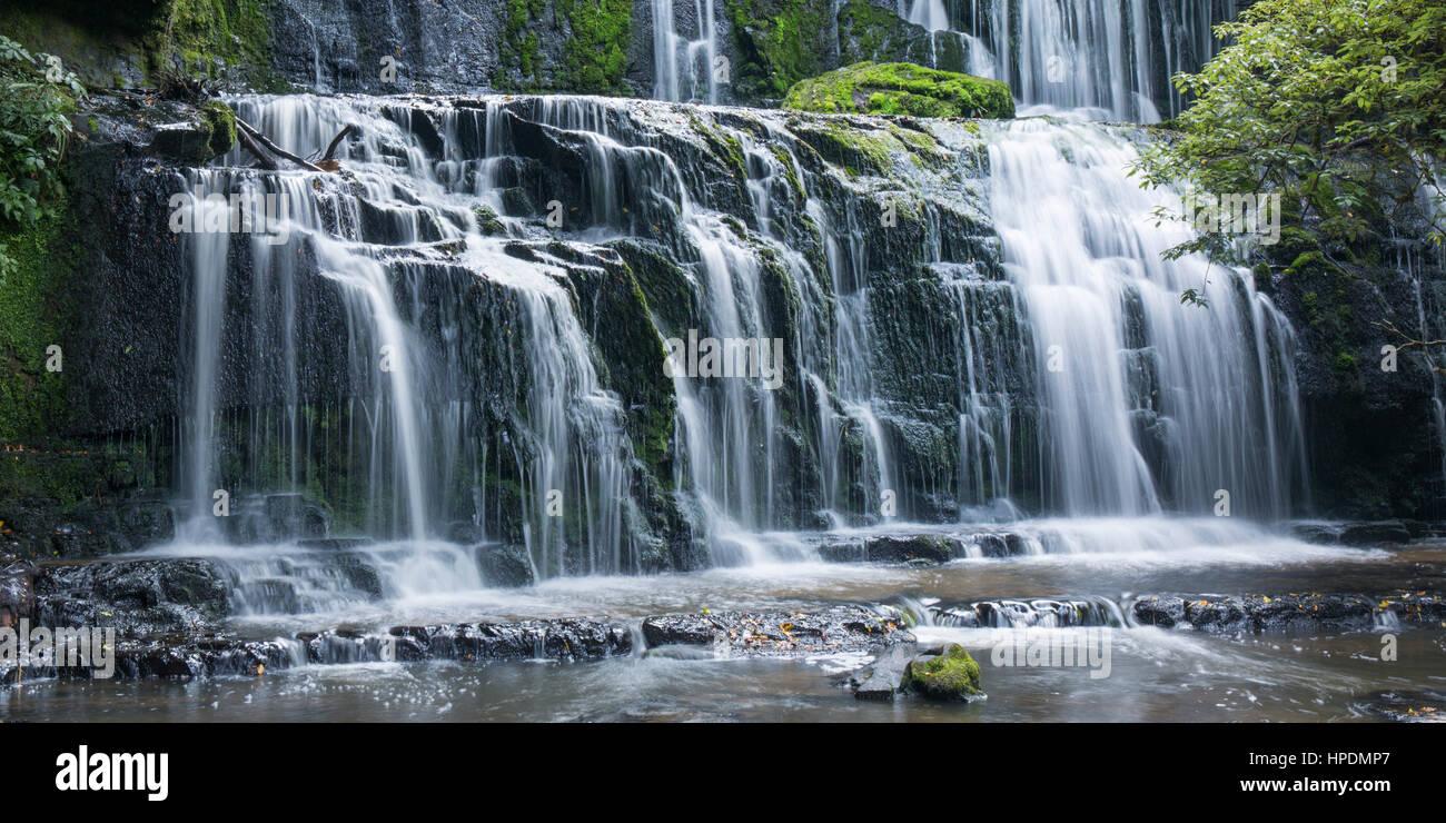 Purakaunui Catlins, Conservation, Otago, Nouvelle-Zélande. Les multiples cascades de Purakaunui Falls. Banque D'Images