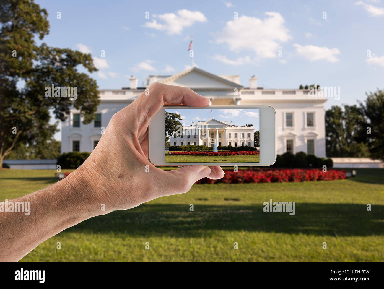 Aperçu sur le smartphone de l'entrée principale de la Maison Blanche au 1600 Pennsylvania Avenue Washington DC pour Banque D'Images