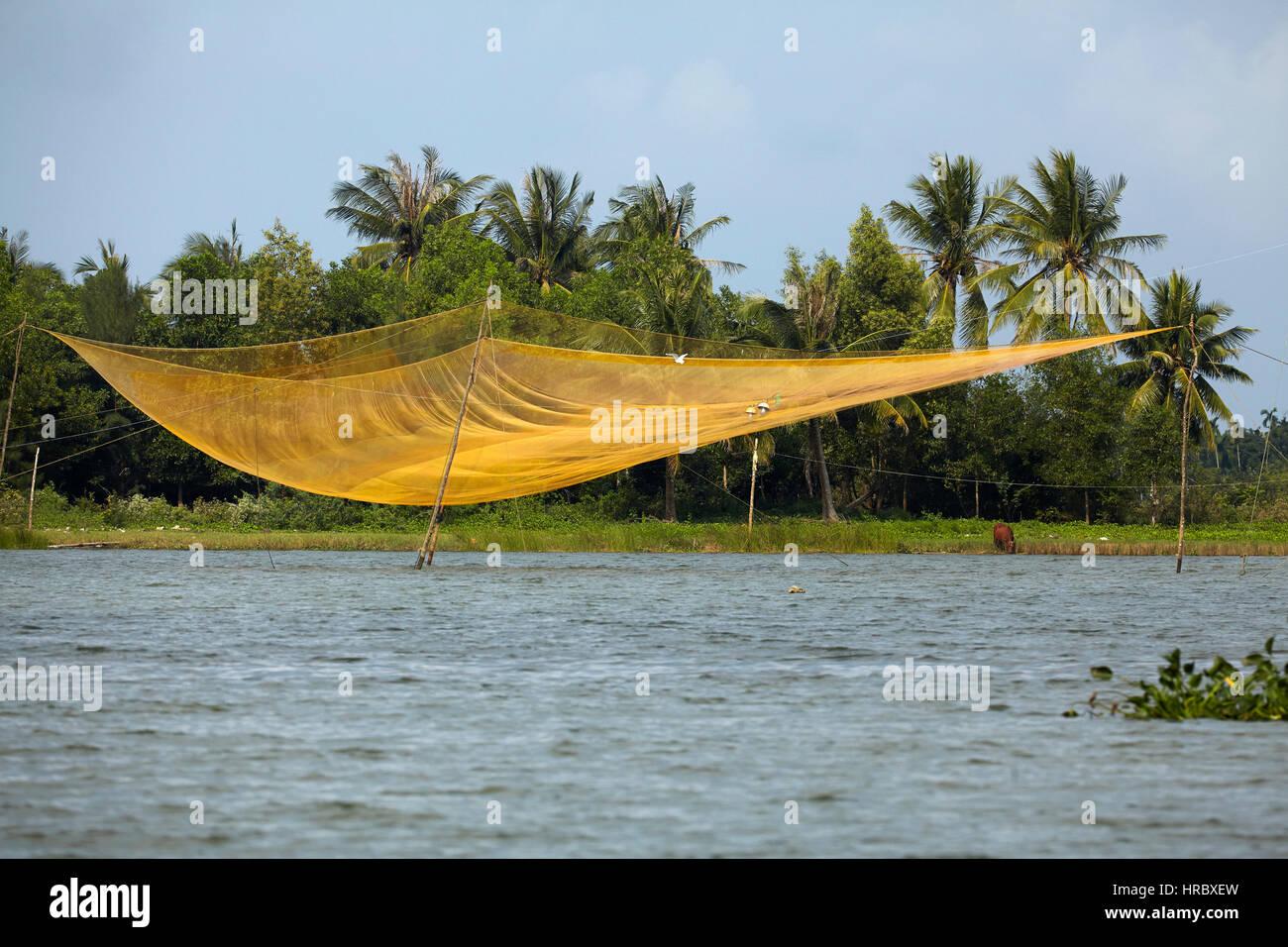Filet de pêche, la rivière Thu Bon, près de Hoi An, Vietnam Photo Stock