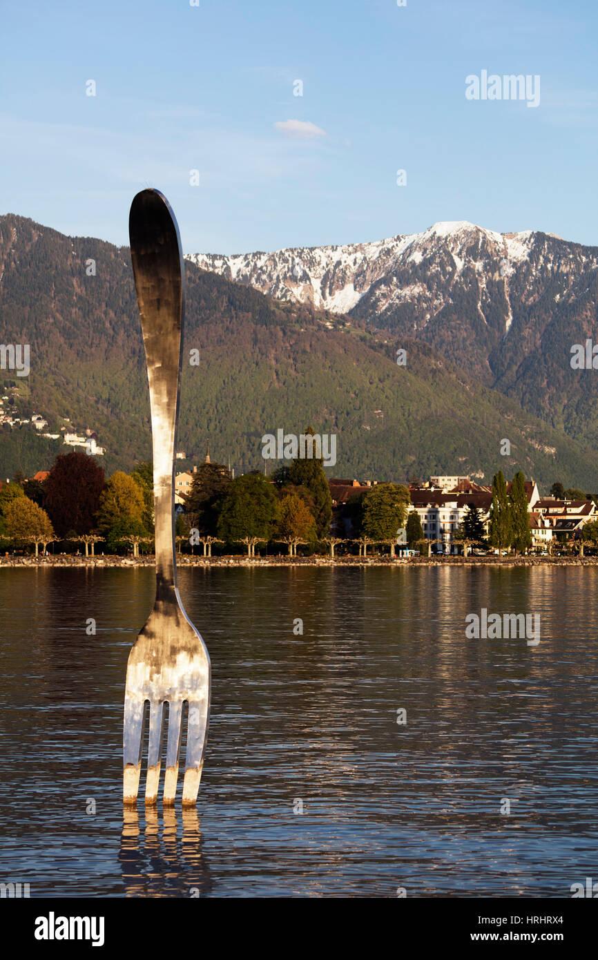 La fourche de la sculpture géante Alimentarium Musée de l'alimentation, le lac de Genève (Lac Photo Stock