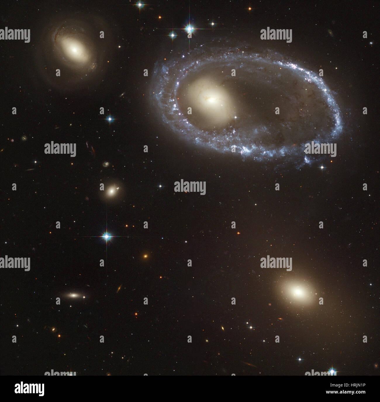 Le sud de l'Ellipse, AM 0644-741, galaxie à anneau Photo Stock