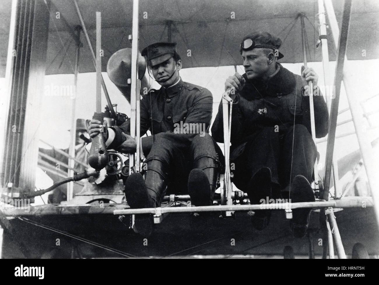 La première bombe lancée d'Avion Banque D'Images