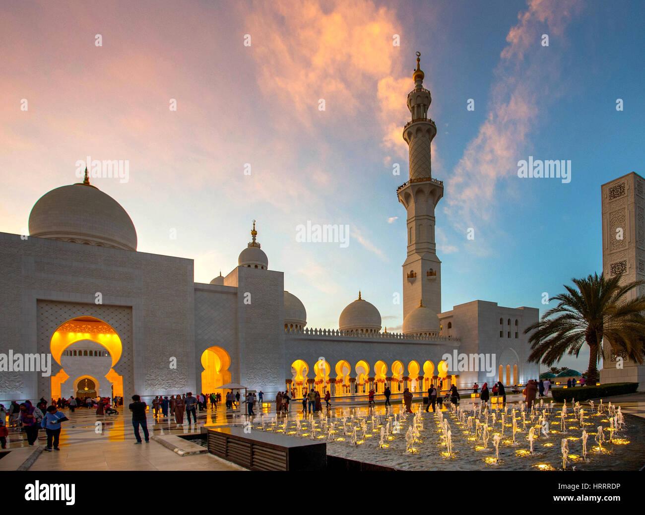 Grande Mosquée de Sheikh Zayed à Abu Dhabi, Emirats Arabes Unis. Photo Stock