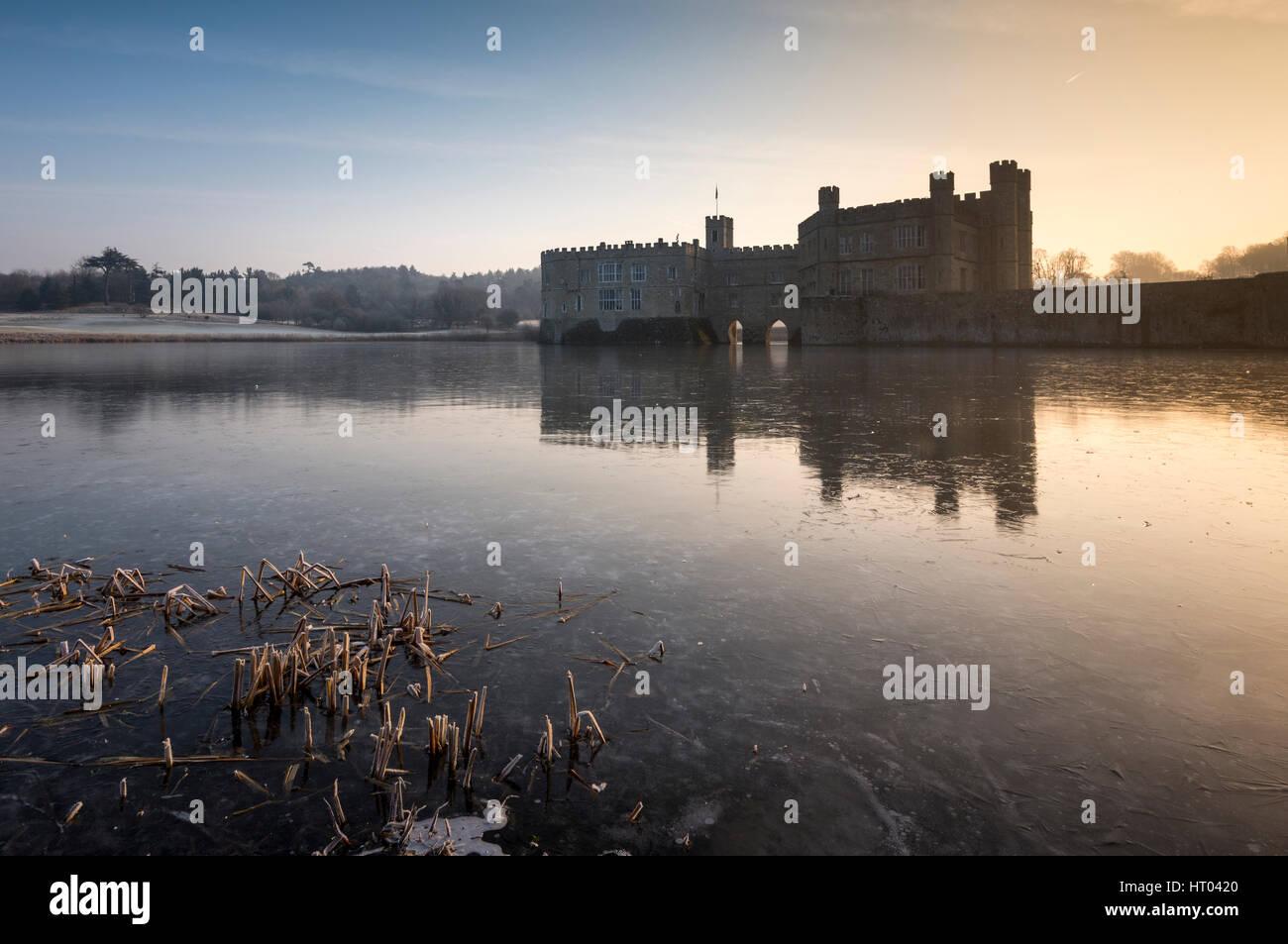 Un matin d'hiver, Leeds Castle, dans le Kent. Photo Stock
