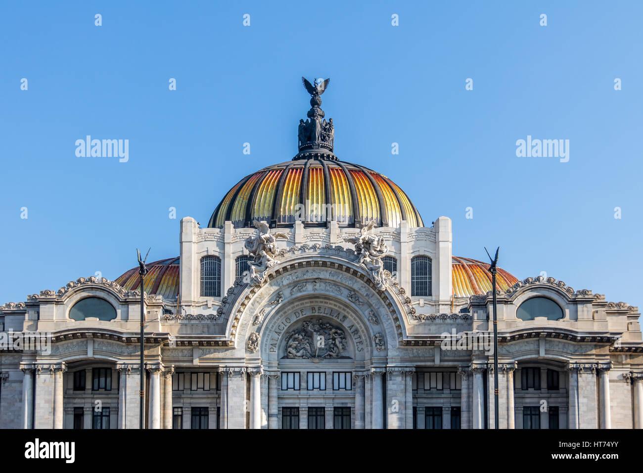 Palacio de Bellas Artes (Palais des Beaux-Arts) - Mexico City, Mexique Photo Stock