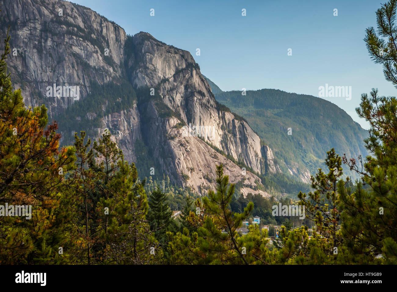 Le chef, un monolithe de granite / mountain au dessus de Squamish, British Columbia, Canada. Photo Stock