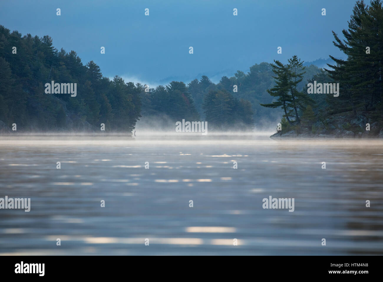 Charlton Lake à l'aube, l'Ontario, Canada Banque D'Images