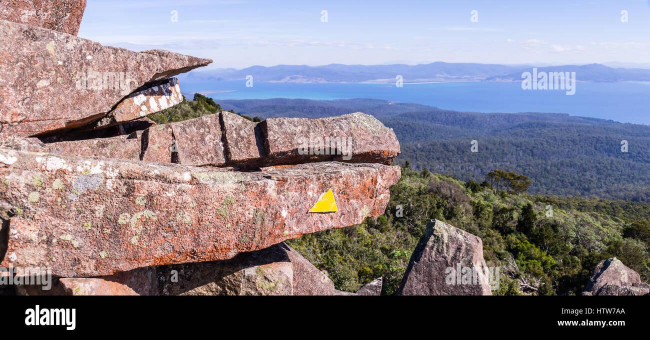 Pic de Bishop et Clerk sur Maria Island, Tasmanie, Australie Photo Stock