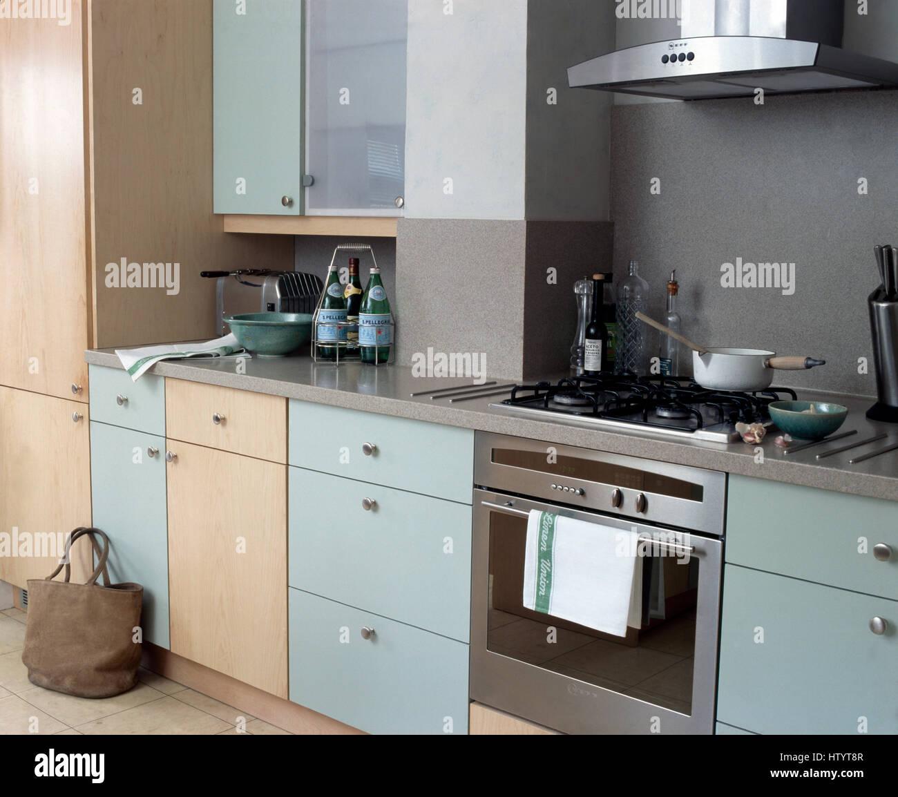 Cuisine couleur bois clair quelle couleur de peinture pour une cuisine en bois clair relooking - Cuisine couleur grise ...