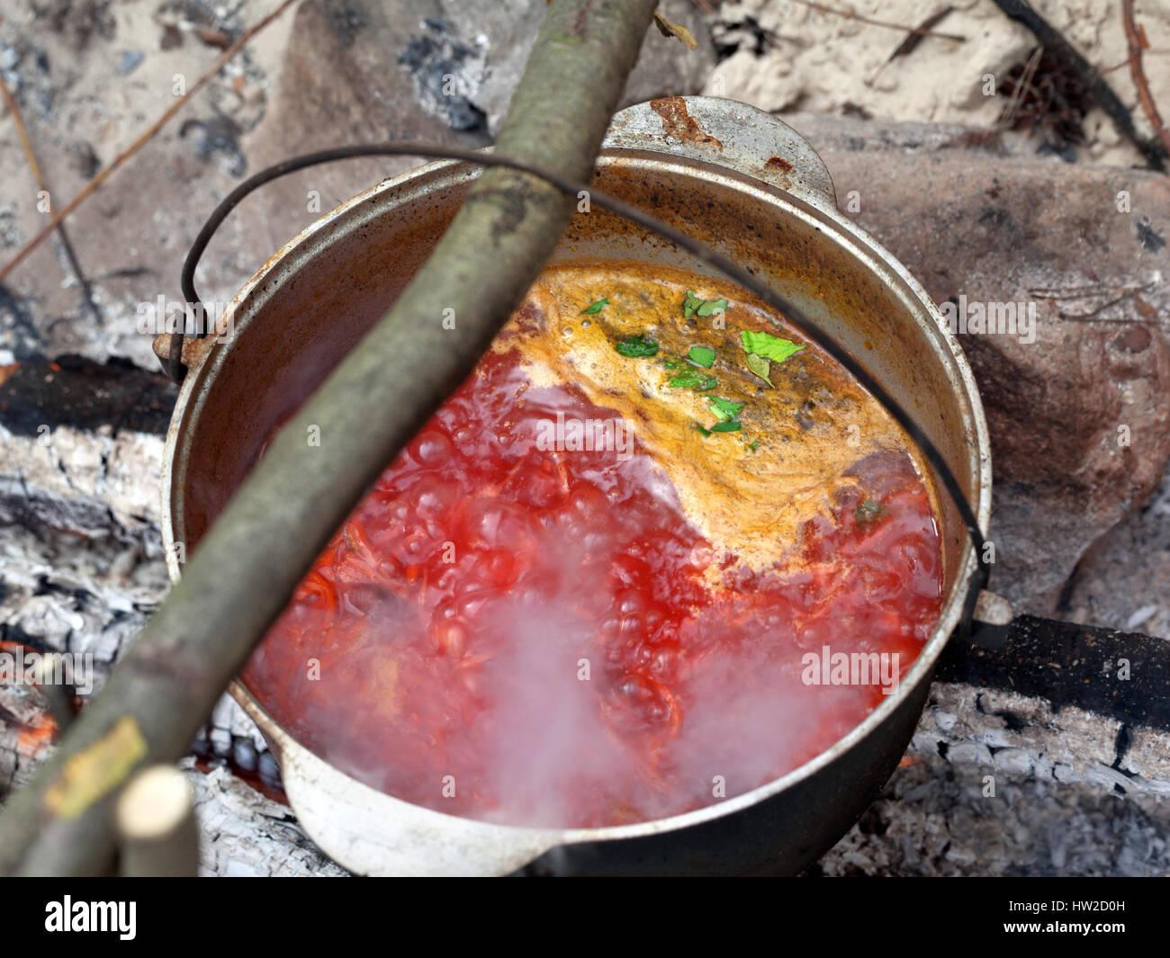 Hongrois goulash chaudron EMAILLE Soupe Chaudière Email Chaudière Casserole chaudière