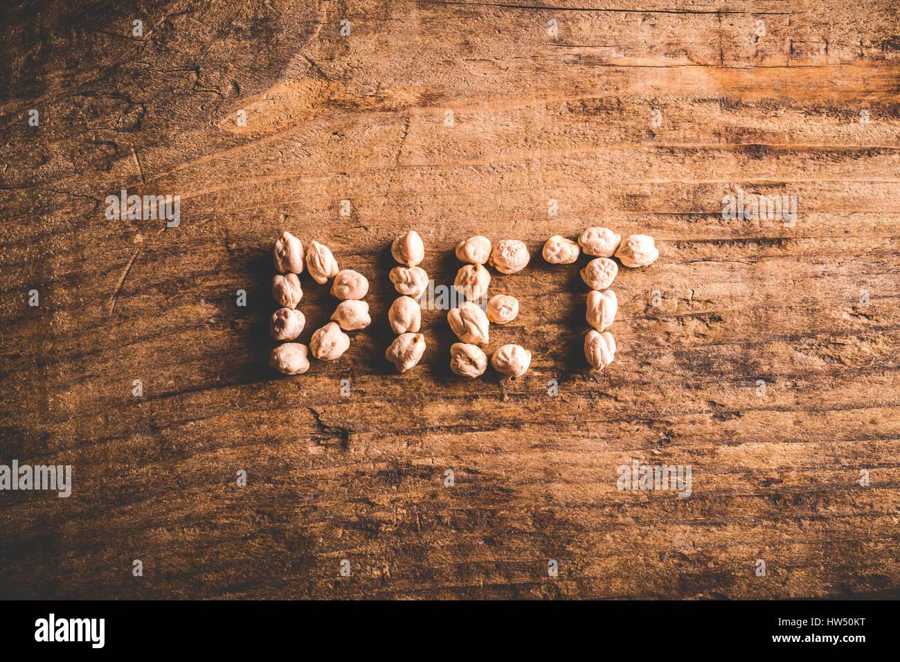 Régime alimentaire écrit sur le vieux fond de bois Photo Stock