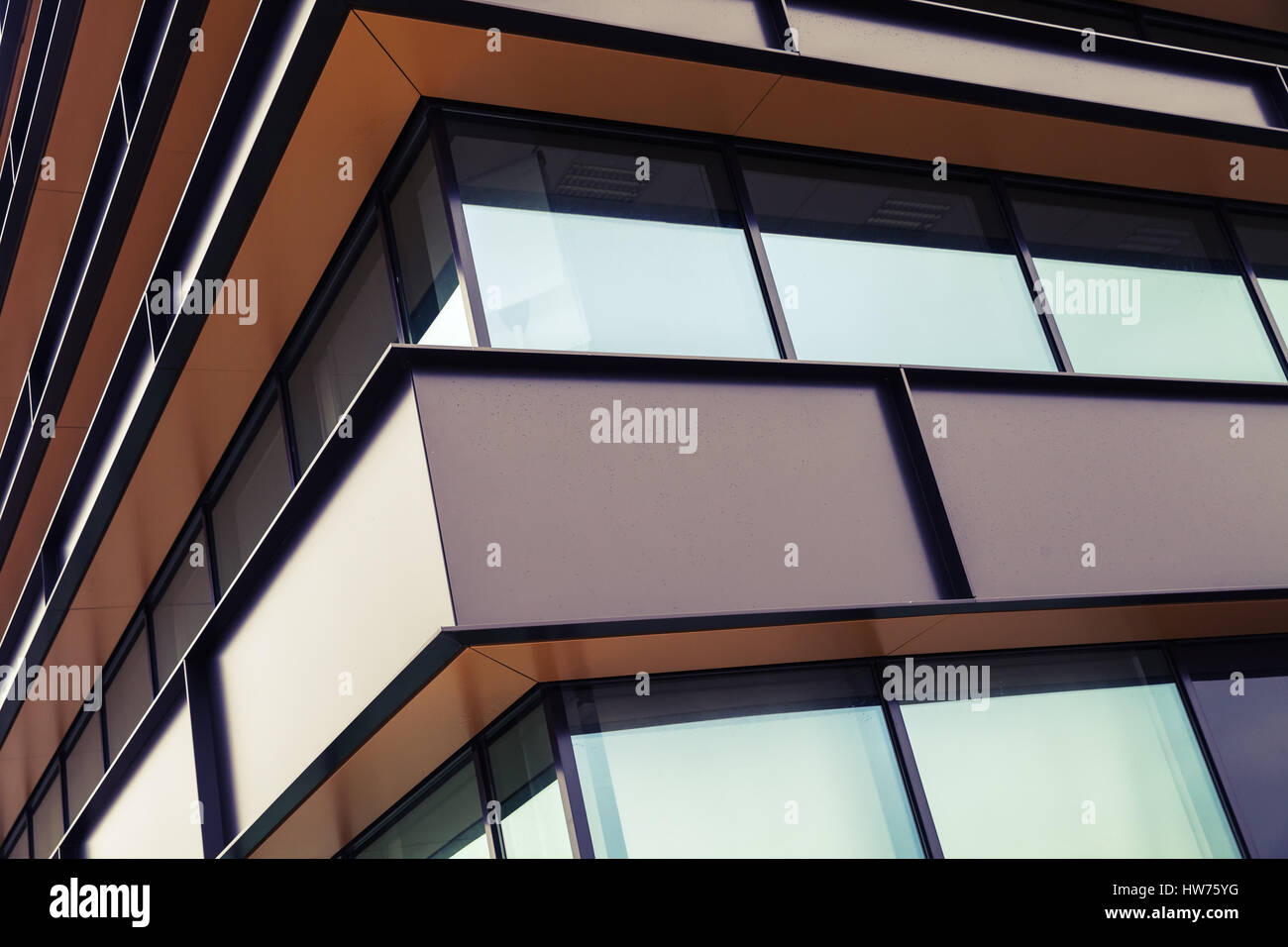 façade d'un bâtiment industriel moderne résumé fragment, shiny