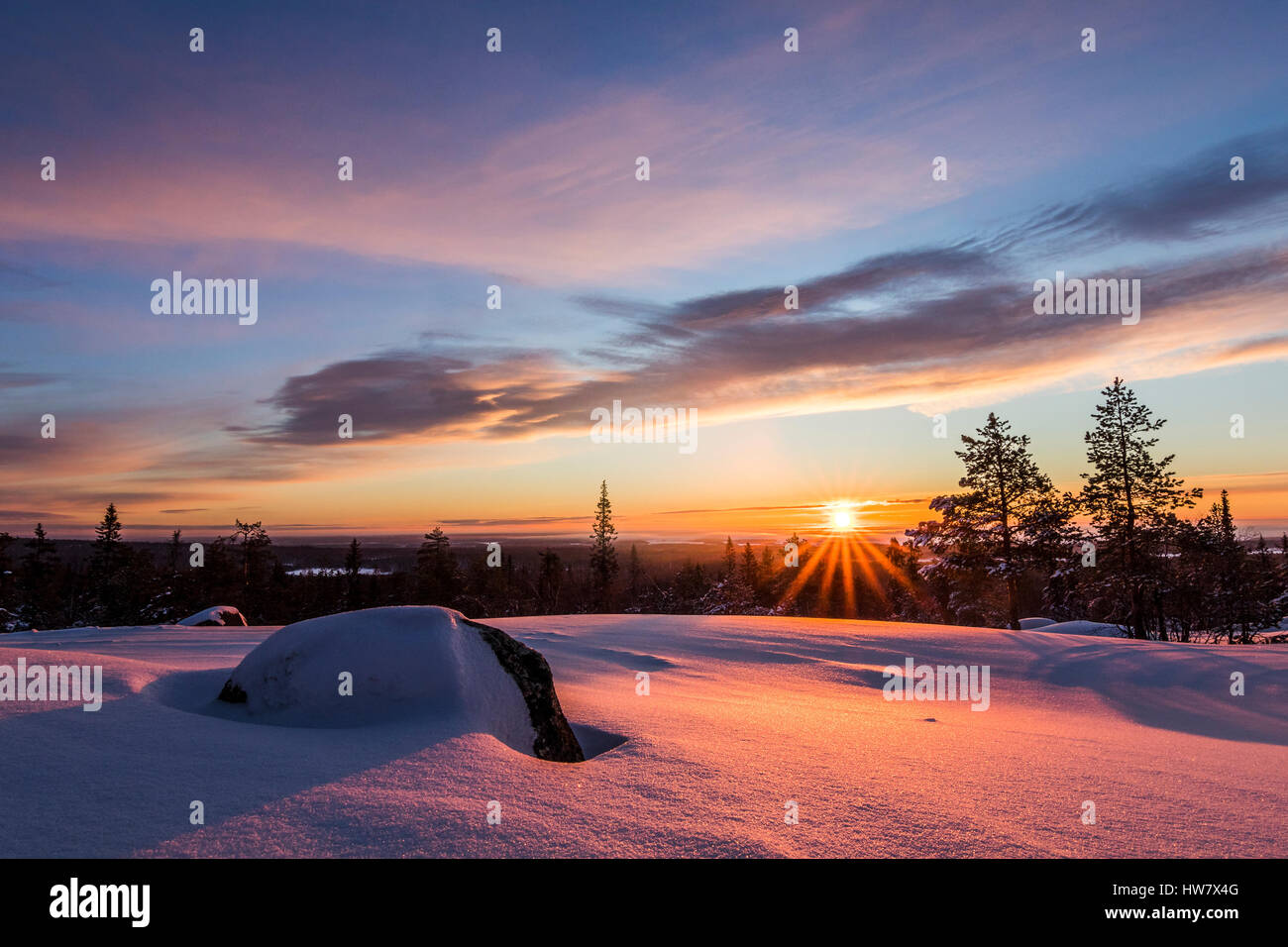 Dans martimoaapa lever du soleil d'hiver, la Finlande Photo Stock