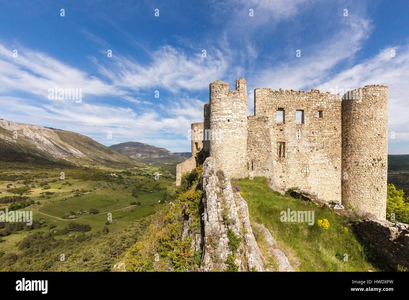 Ponteves photos ponteves images alamy - Les plus beau village du var ...