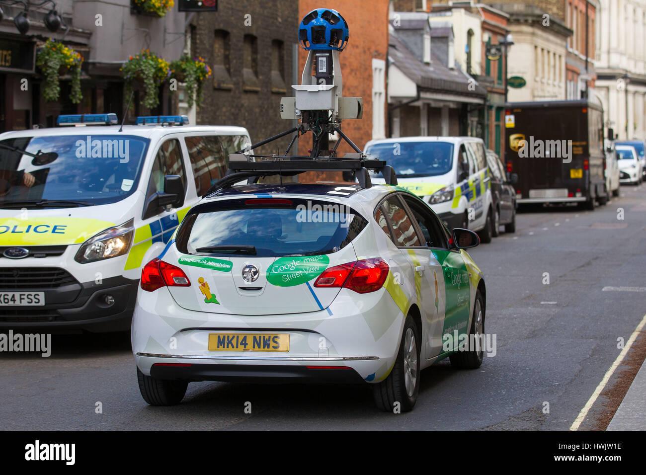Google Street View D Une Camera Montee Sur Le Toit D Une Vauxhall