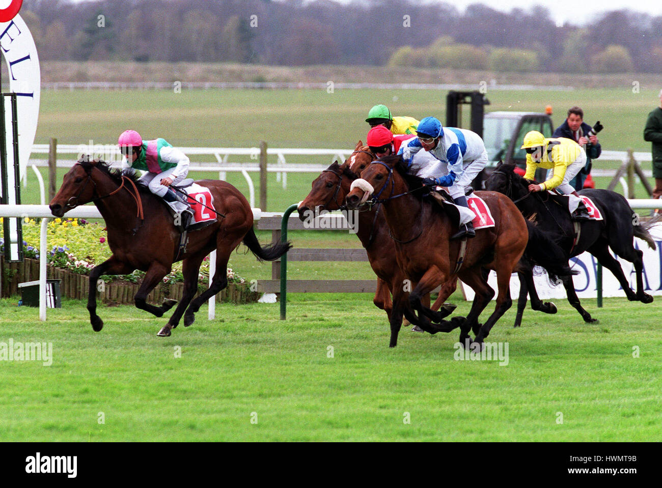 BARATHEA GUEST (NO 1) VOIES VICTOIRES FIN GREENHAM STAKES 18 Avril 2000 Photo Stock