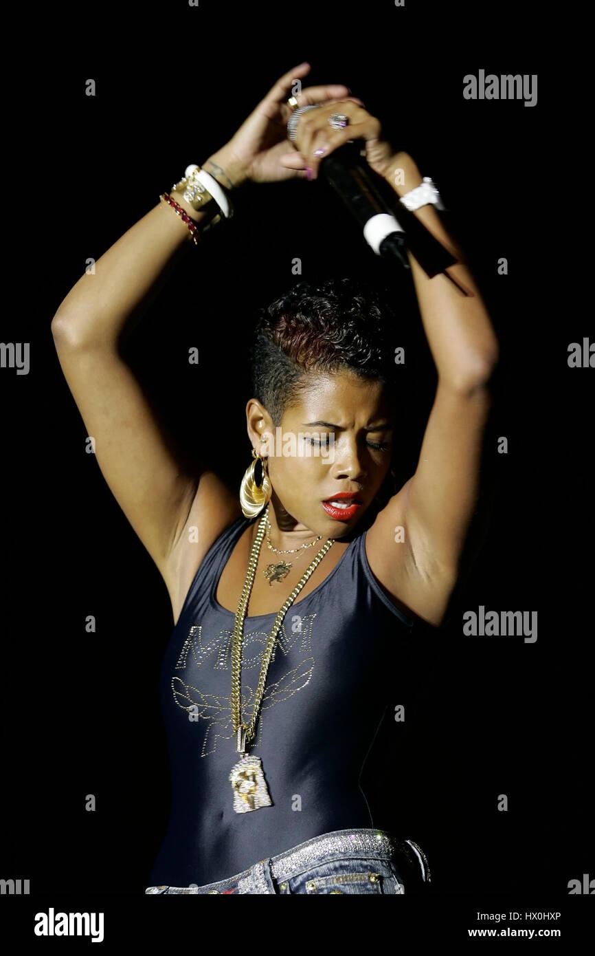 Kelis fonctionne à la puissance 106 Summer Splash concert hip hop à Long Beach, CA le 19 août 2006.Crédit Photo Stock