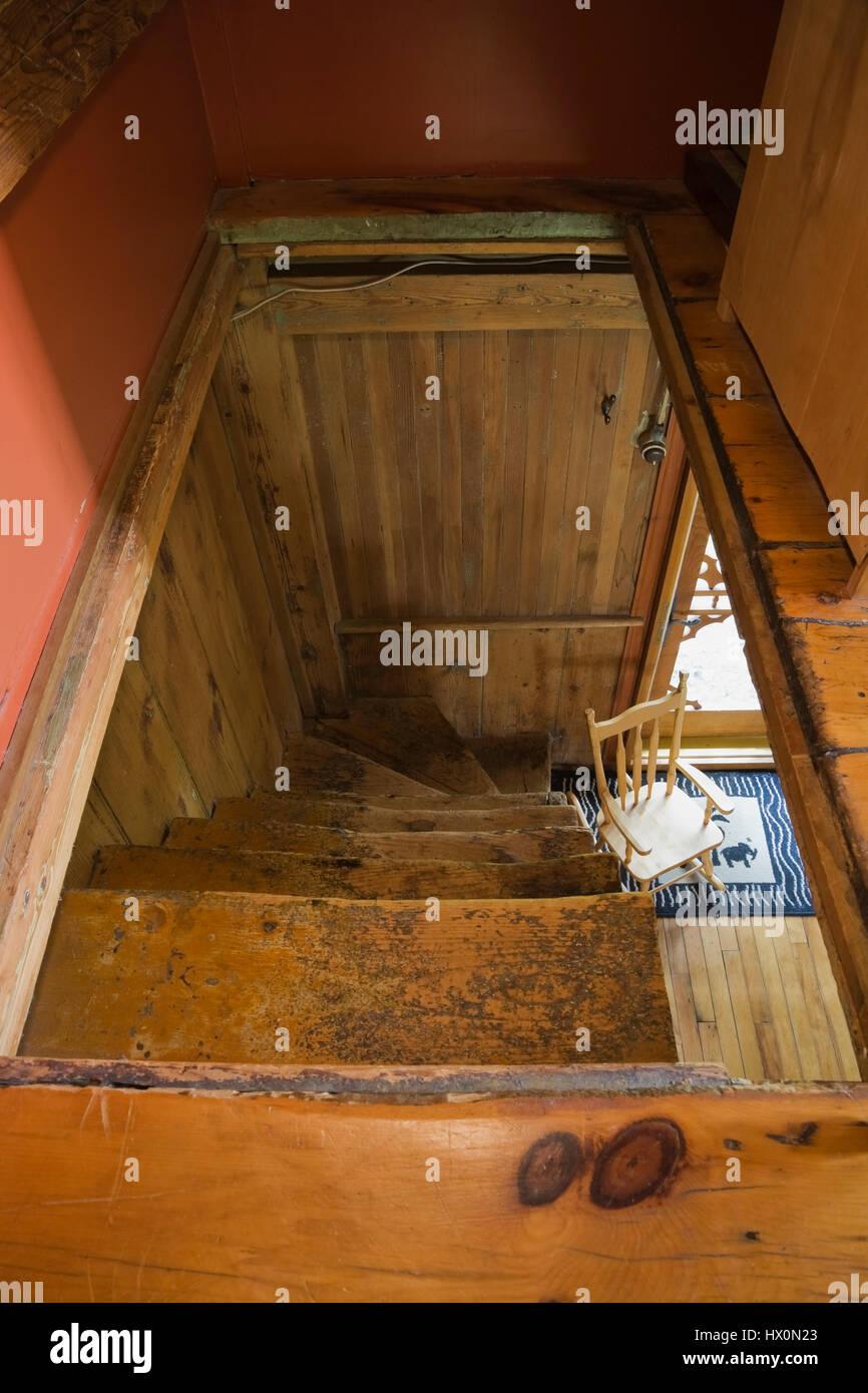 Escalier Dans Maison Ancienne ancien escalier en bois en 1840 maison ancienne canadiana