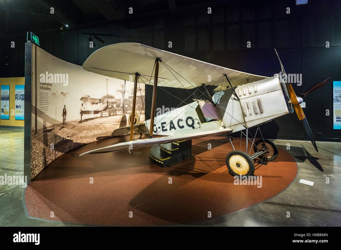 Une réplique de Bert Hinkler's Baby Avro Aircraft dans le hall de l'Aviation. Hinkler Bundaberg, Queensland, Photo Stock