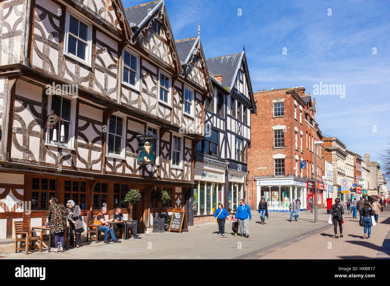 Le centre-ville de Gloucester gloucestershire uk pub street uk haut extérieur Photo Stock