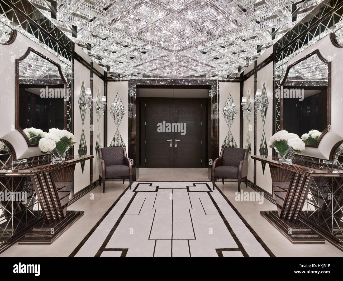 Hall d\'entrée dans un appartement de luxe à Londres Banque D\'Images ...