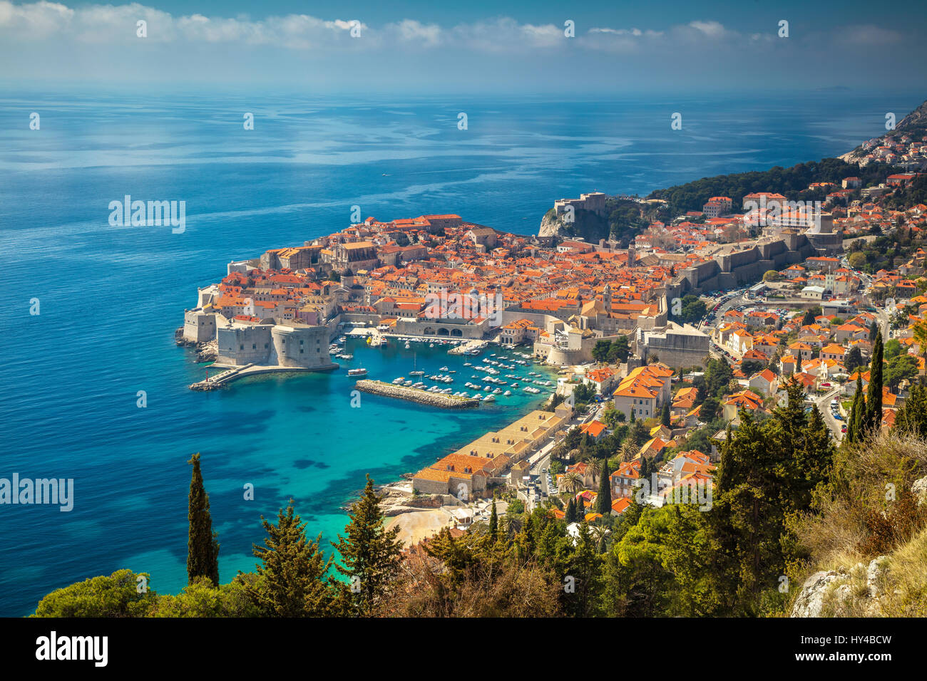 Dubrovnik, Croatie. Belle romantique vieille ville de Dubrovnik pendant les jours ensoleillés, la Croatie, l'Europe. Banque D'Images