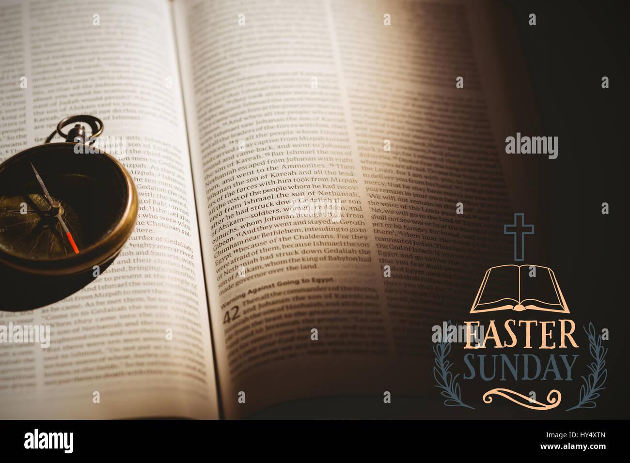 Message de Pâques contre montre de poche à livre ouvert Photo Stock