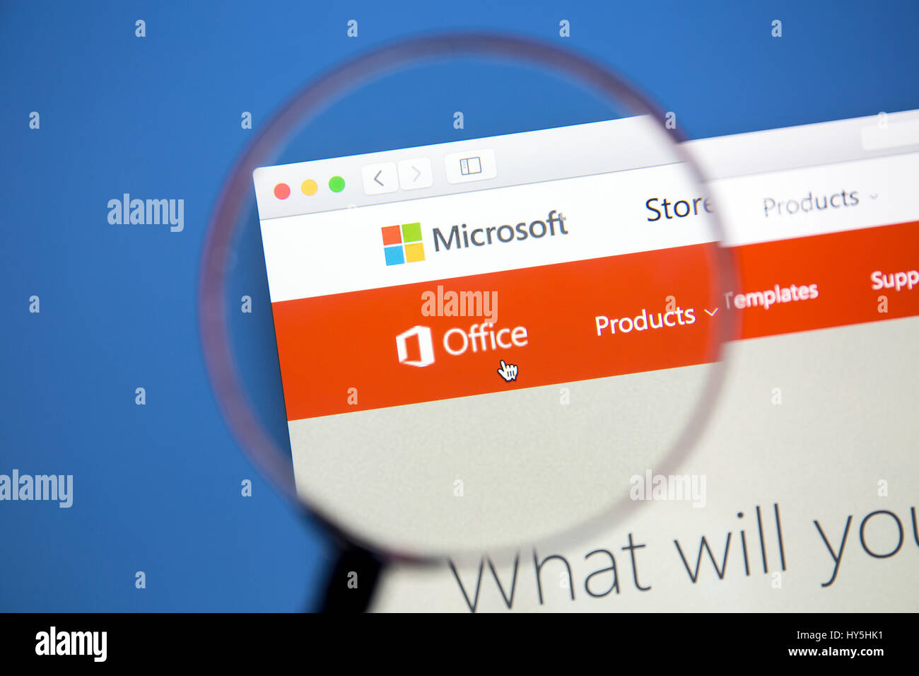 Site web de l'Office sur l'écran d'un ordinateur. Microsoft Office est une suite bureautique d'applications Photo Stock