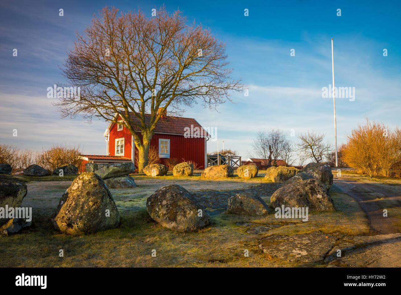 Petit chalet typiquement suédois en Suède, Karlskona ..... Karlskrona est une localité et le siège Photo Stock