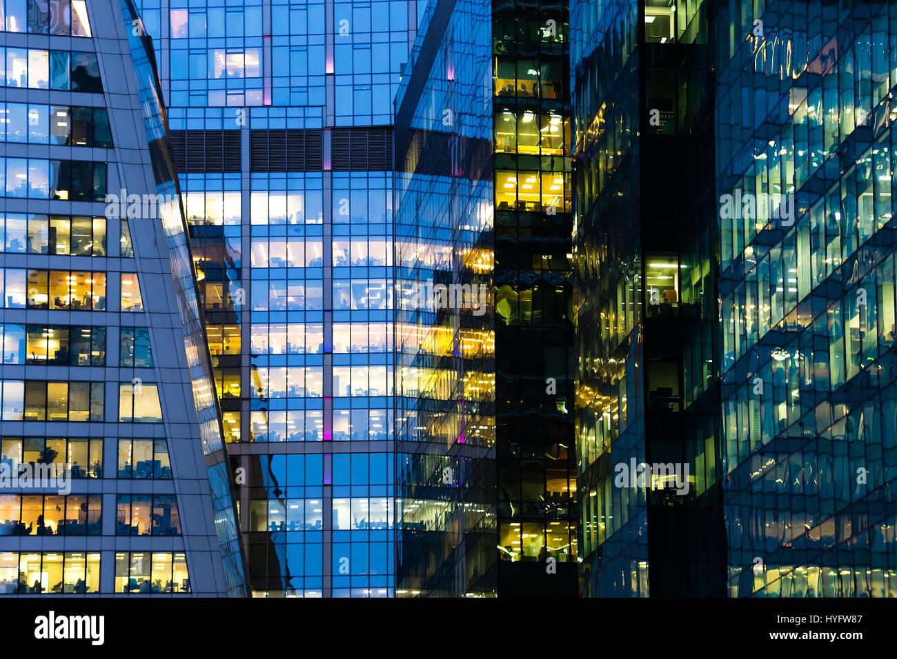 Immeuble de bureaux moderne grand u cocagnetires
