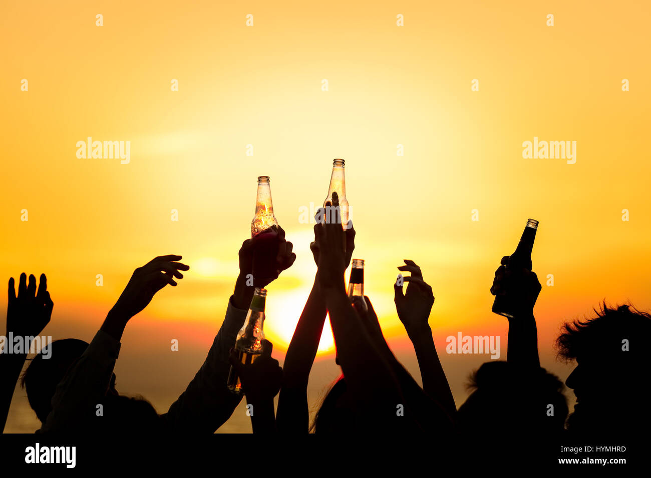 Beach Party d'amis Toast Concept Fête Boissons Photo Stock