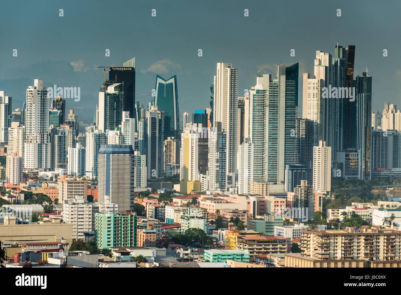 Vue sur la ville de Panama à partir de El Ancon, Panama, Amérique Centrale Photo Stock