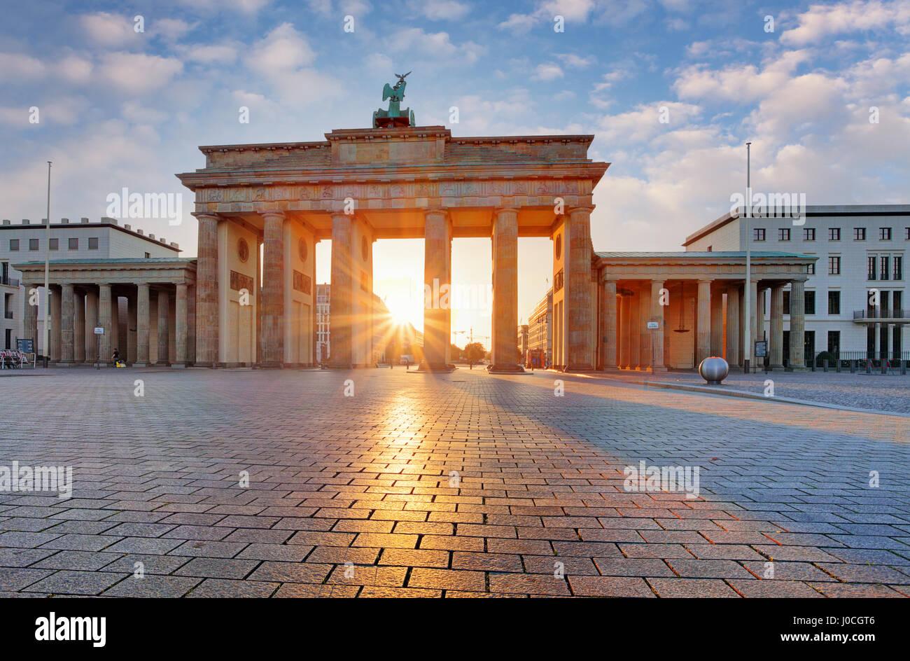 Berlin - Porte de Brandebourg au lever du soleil, Allemagne Photo Stock