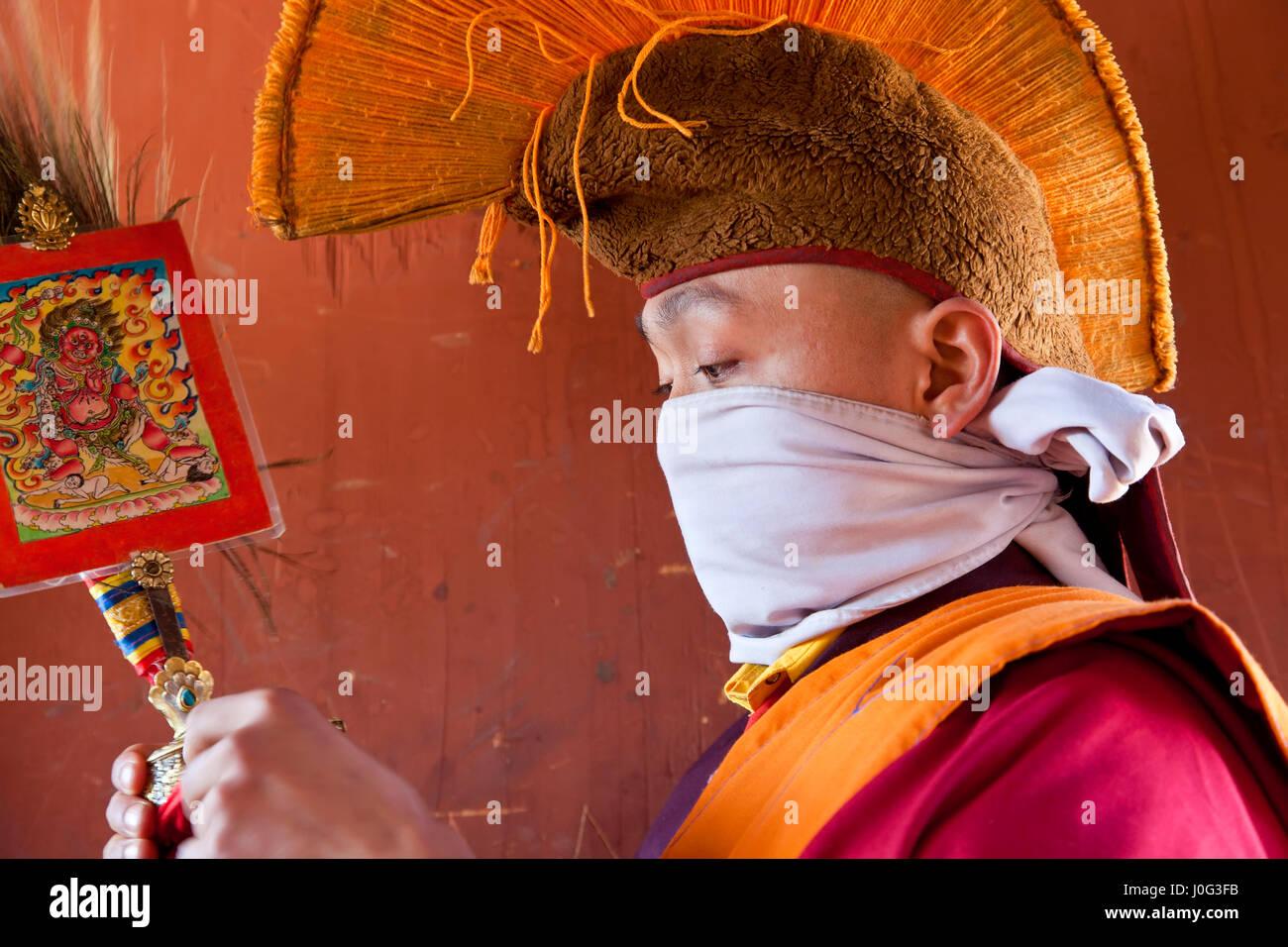 Monk, Tamshing Phala Chhoupa Tamshing festival, Monastère, nr Jakar, Bumthang, Bhoutan Photo Stock