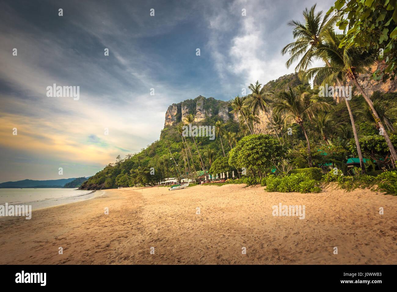 Pai Plong Beach, Ao Nang, province de Krabi, Thaïlande, Asie du Sud-Est Photo Stock