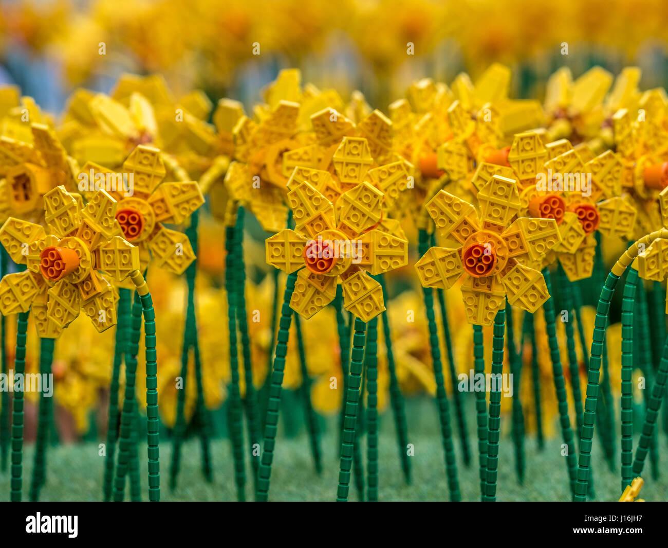 Spring Flower bed, Lego construit avec 146 400 briques de Lego par Duncan Titmarsh,UK's Lego seulement certified Banque D'Images