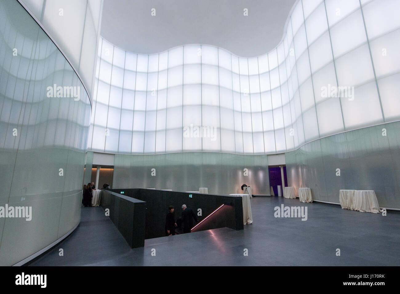 MUDEC - Musée des Cultures à Milan, conçu par David Chipperfield Architects - couverts vitrage plaza Photo Stock
