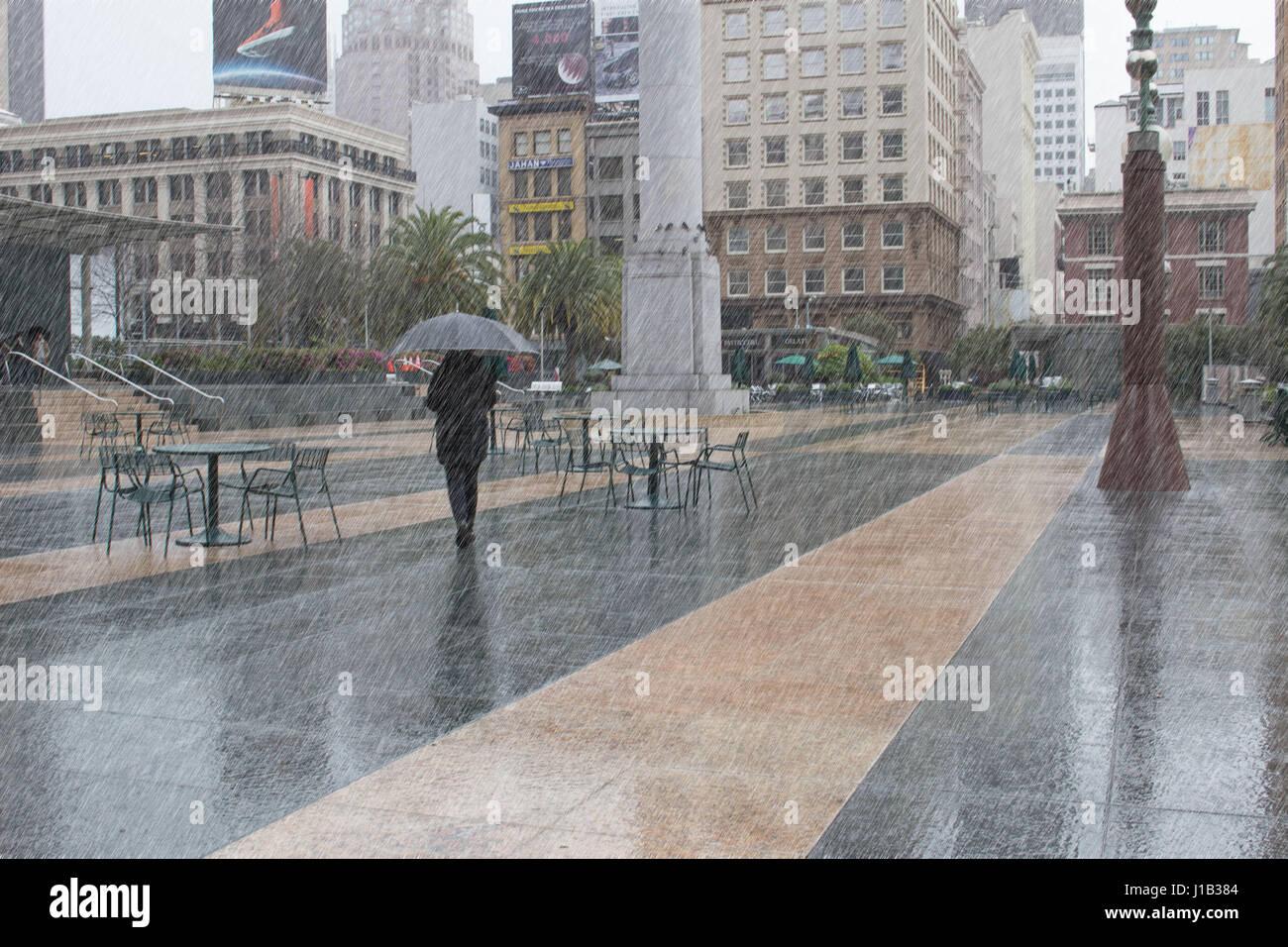 Rainy Day San Francisco Square Banque D Image Et Photos Alamy