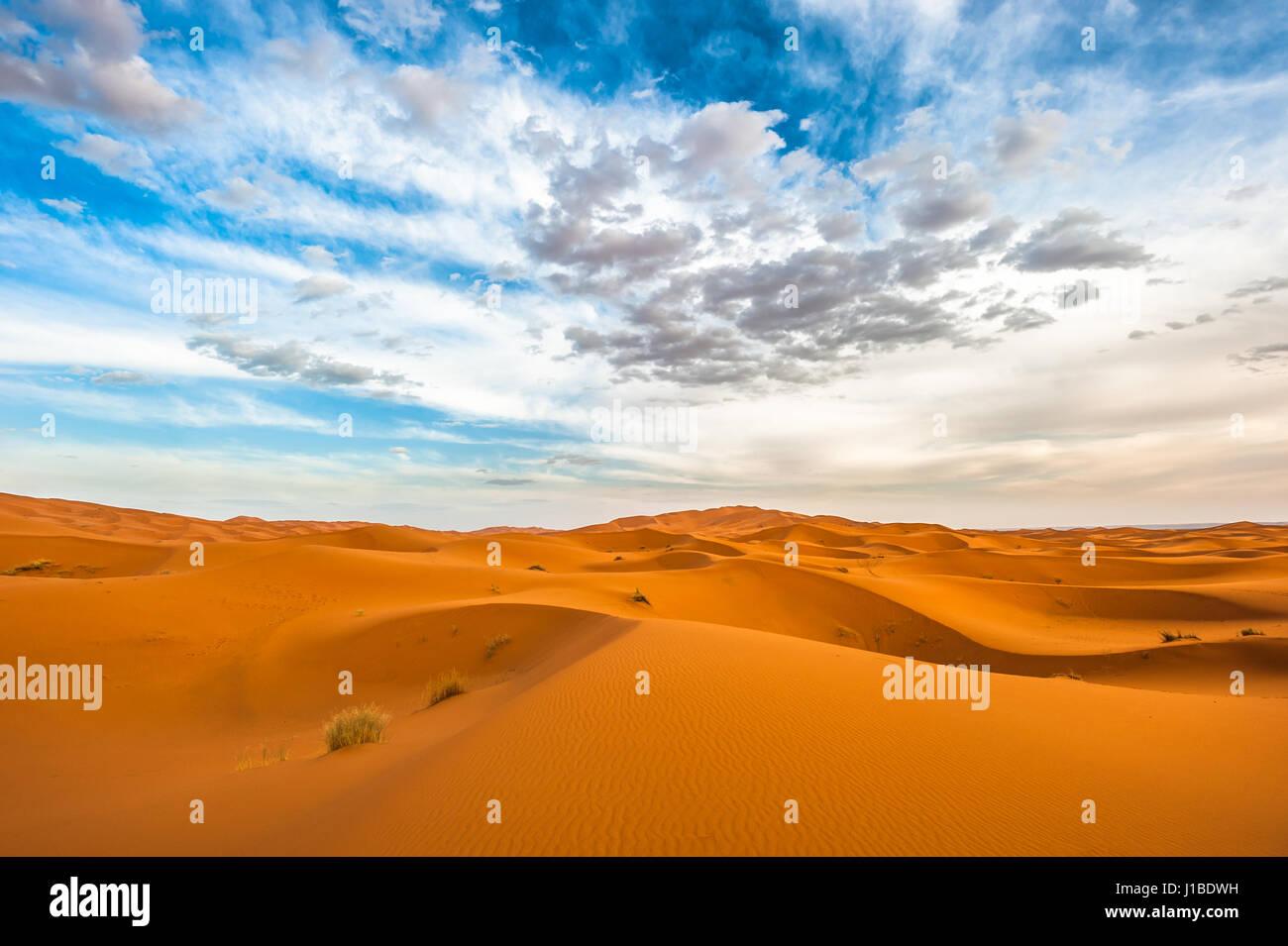 Dunes de l'Erg Chebbi, Maroc Photo Stock
