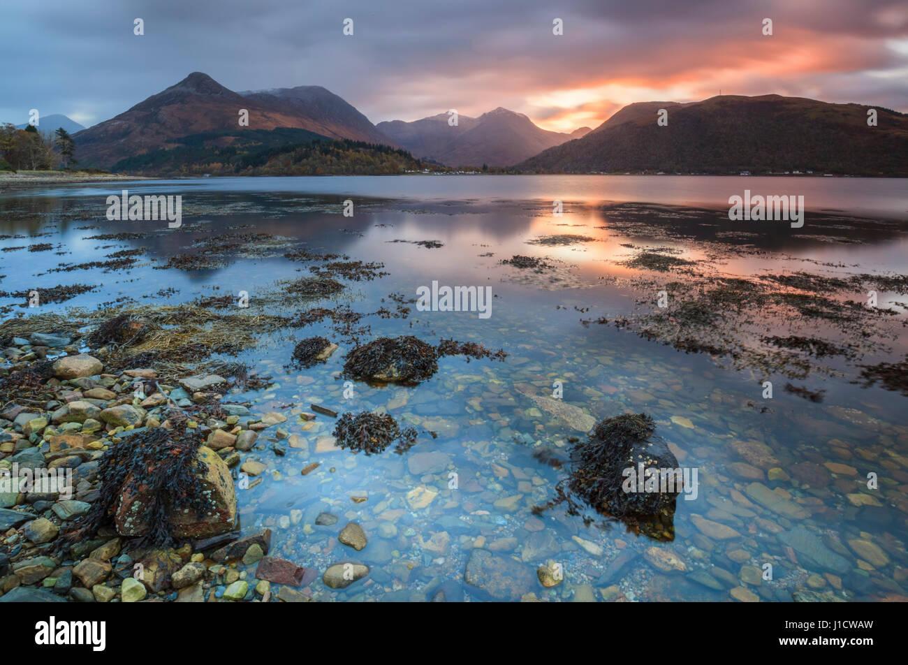 Le Loch Leven dans les Highlands écossais Photo Stock