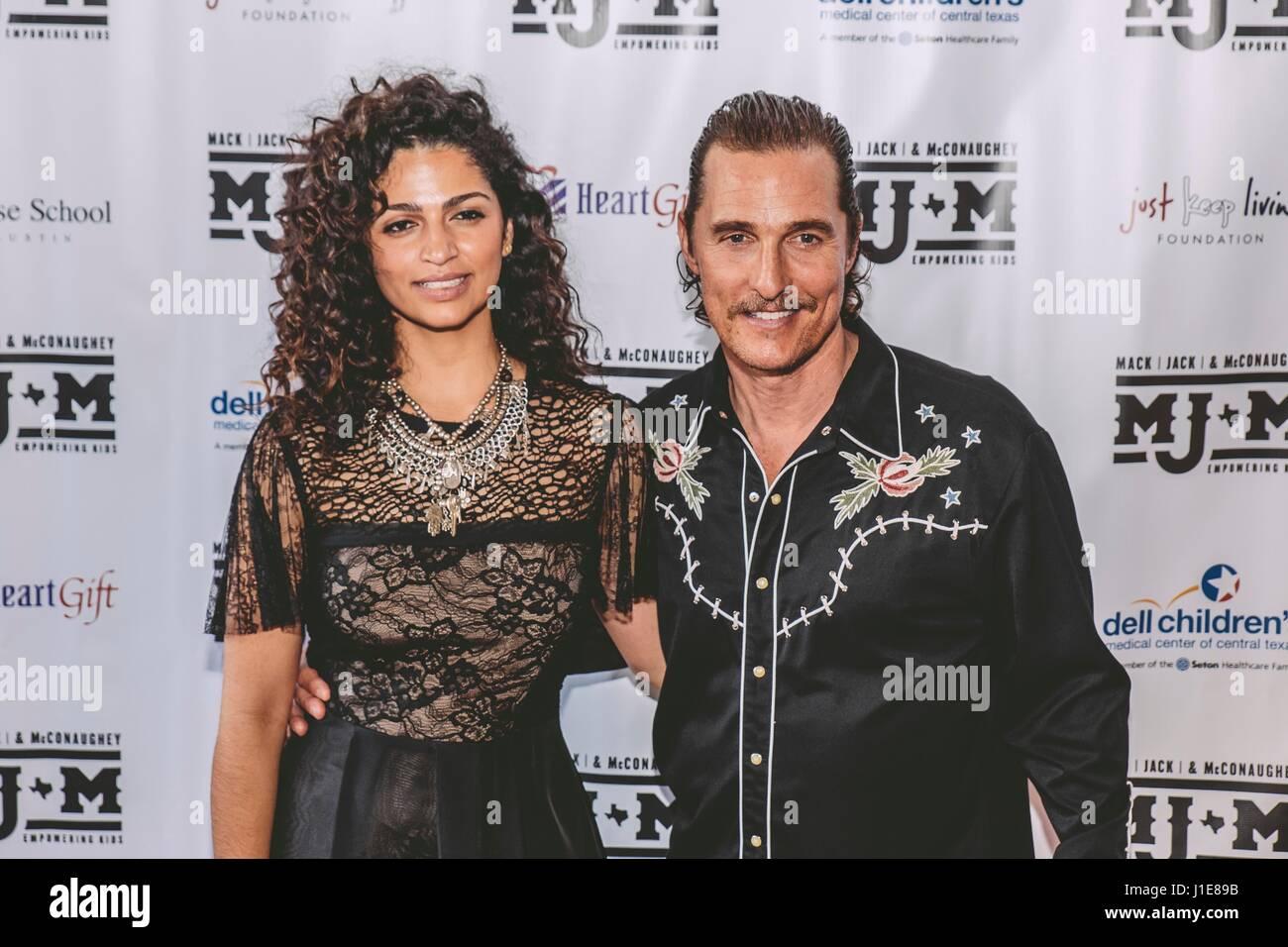 Austin, USA. Apr 20, 2017. Camila Alves, Matthew McConaughey arriver au 2017 Mack, Jack & McConaughey le 20 Photo Stock