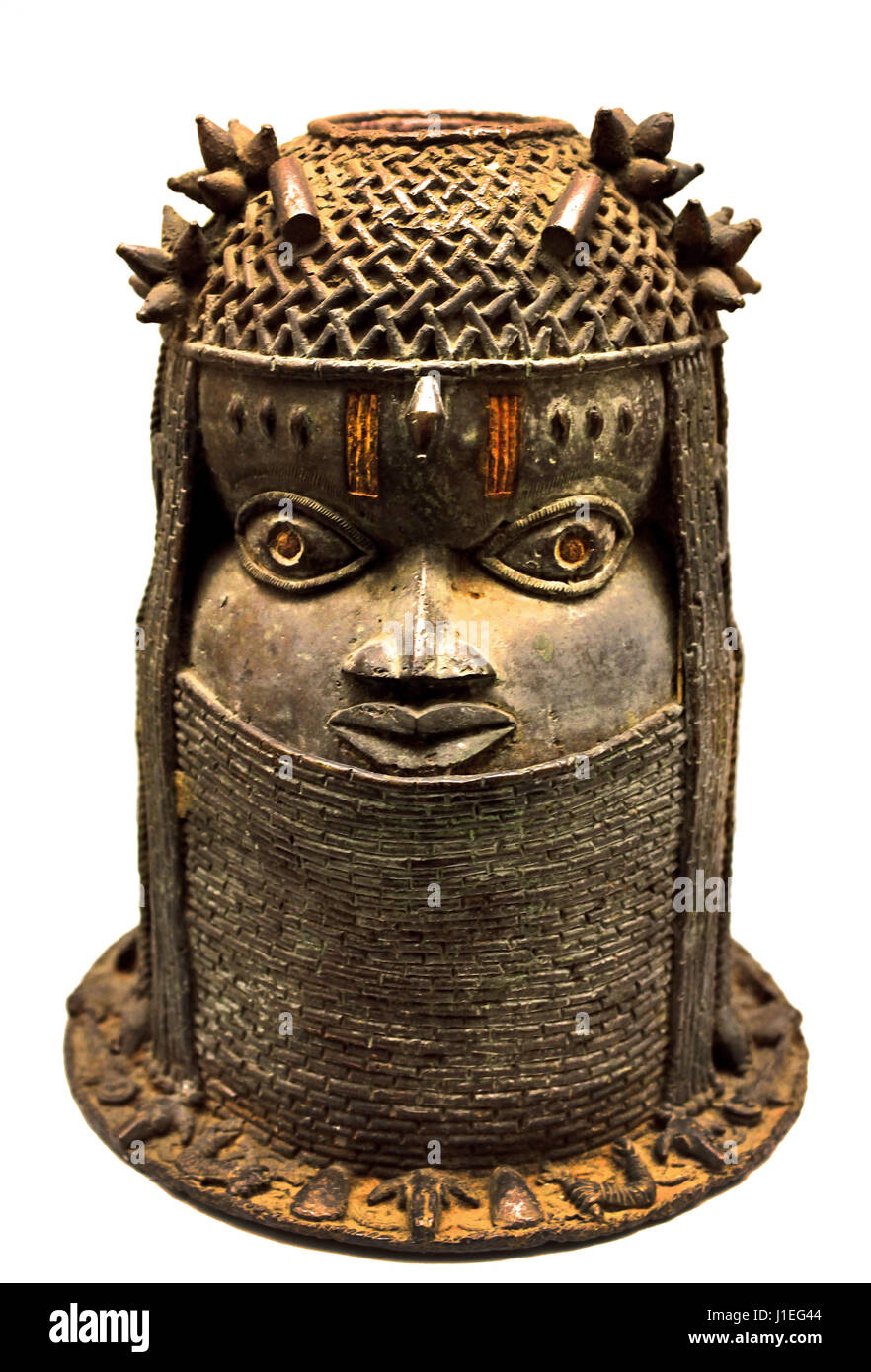 Memorial (tête d'un roi , AD 18ème siècle provenant du Bénin, du Nigéria de l'Afrique Photo Stock