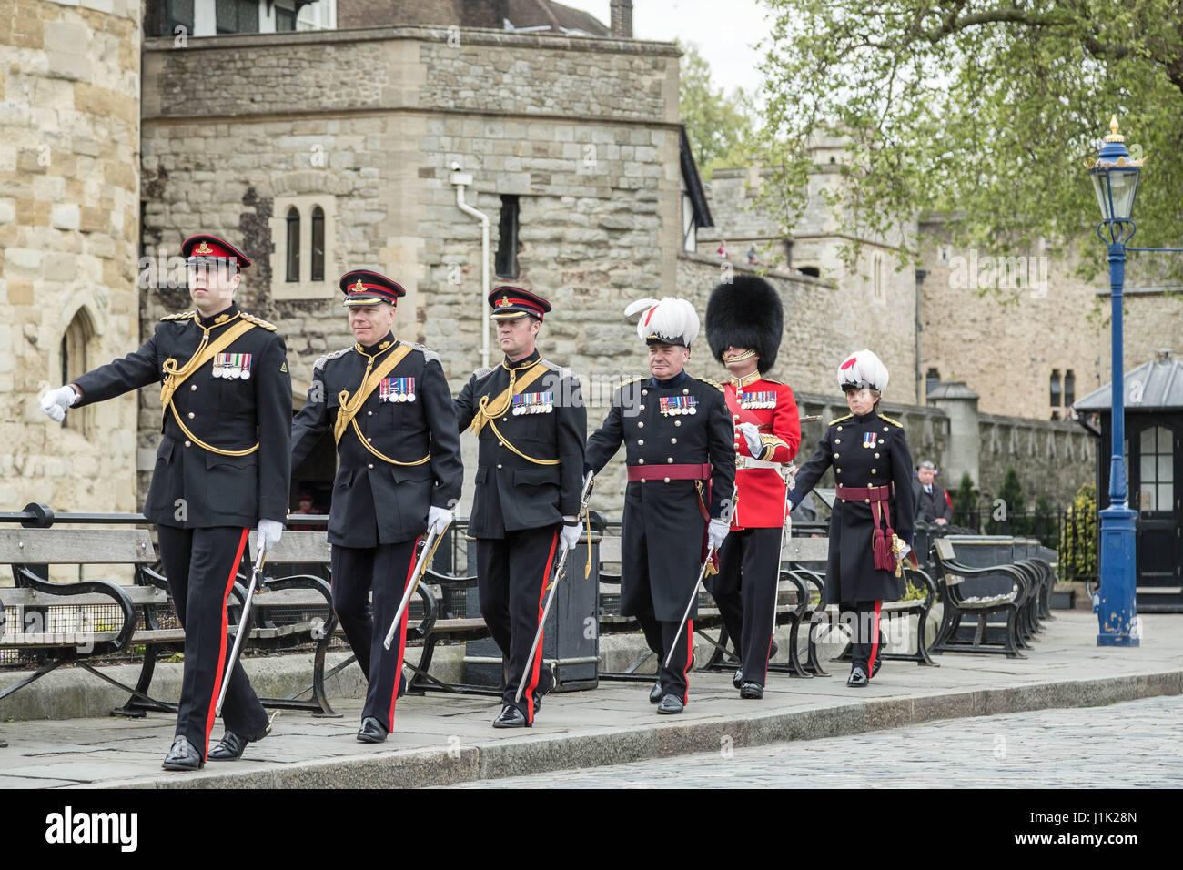Londres, Royaume-Uni. 21 avril, 2017. 62 coups d'artillerie tiré par l'Honorable Artillery Company Photo Stock