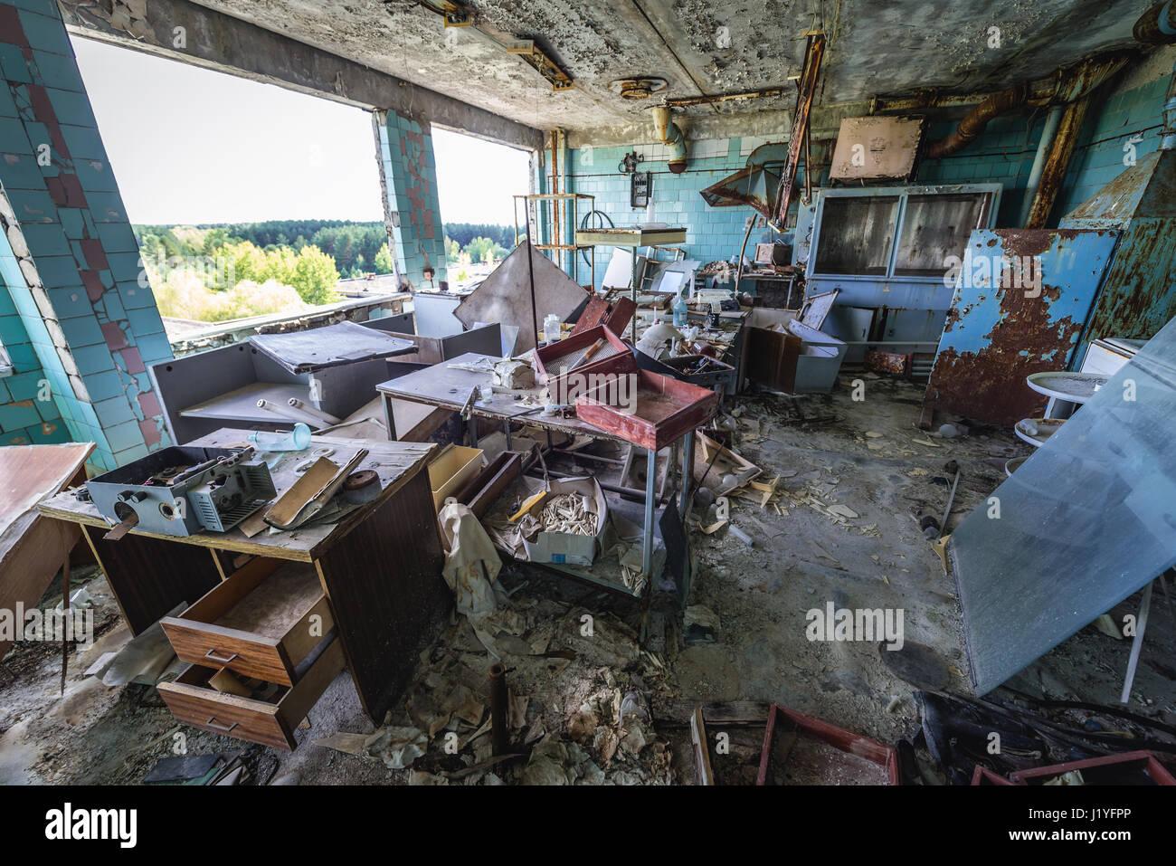 Chambre bureau de jupiter dans lusine abandonnée de la ville