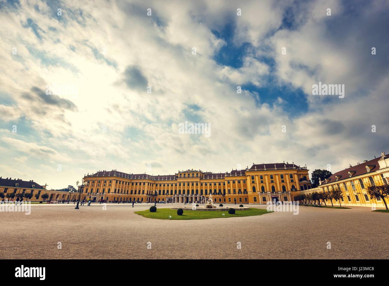 Vienne, Autriche, le 14 octobre 2016: Palais Schönbrunn à Vienne. Palais baroque est l'ancienne Photo Stock