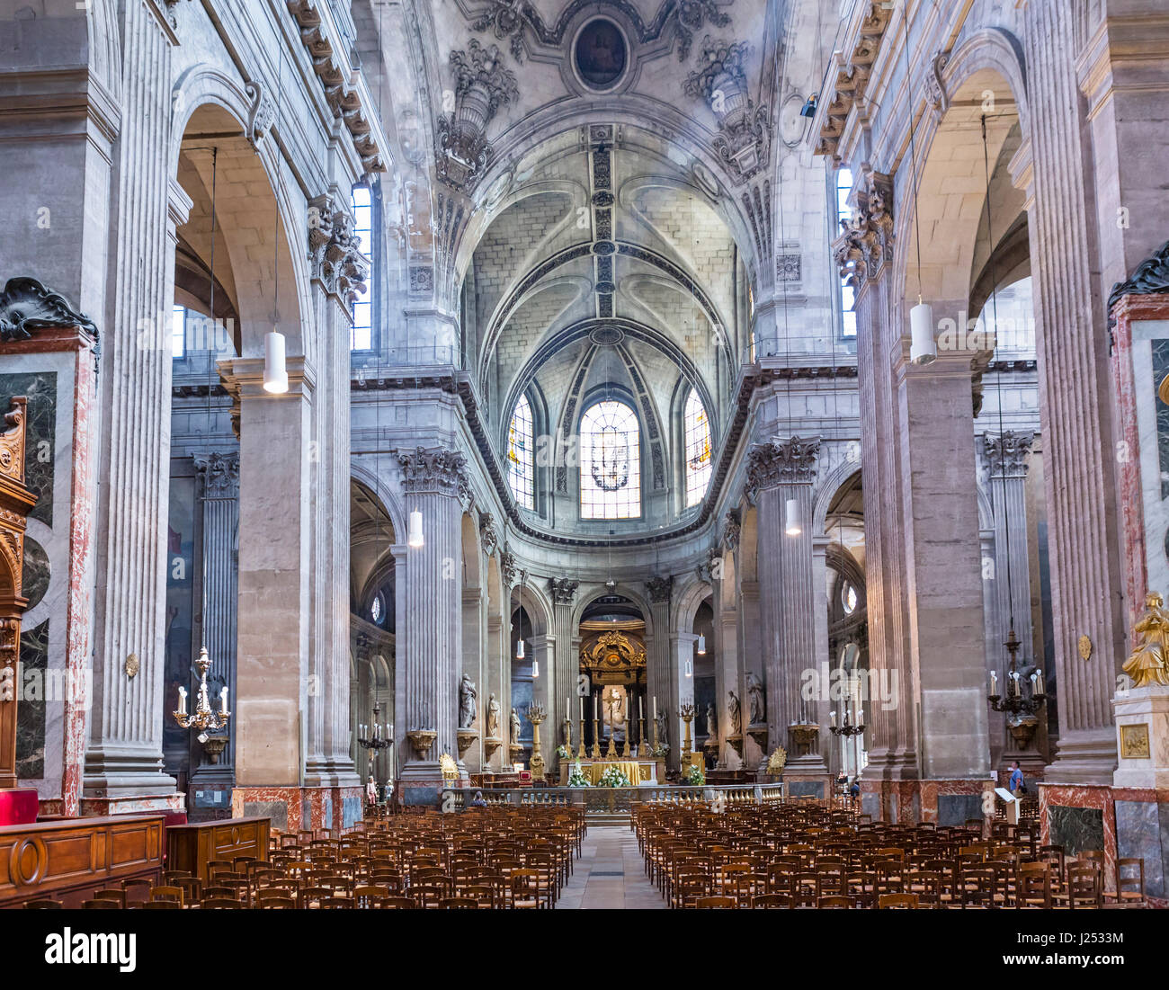 Intérieur de l'église de Saint-Sulpice, Paris, France Photo Stock