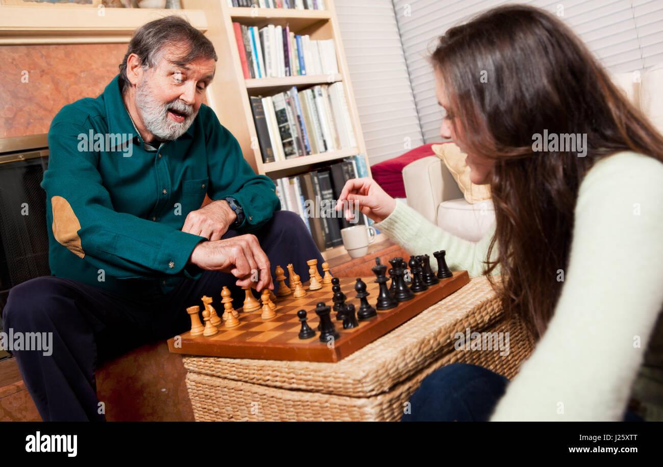 Hauts jouant aux échecs Photo Stock