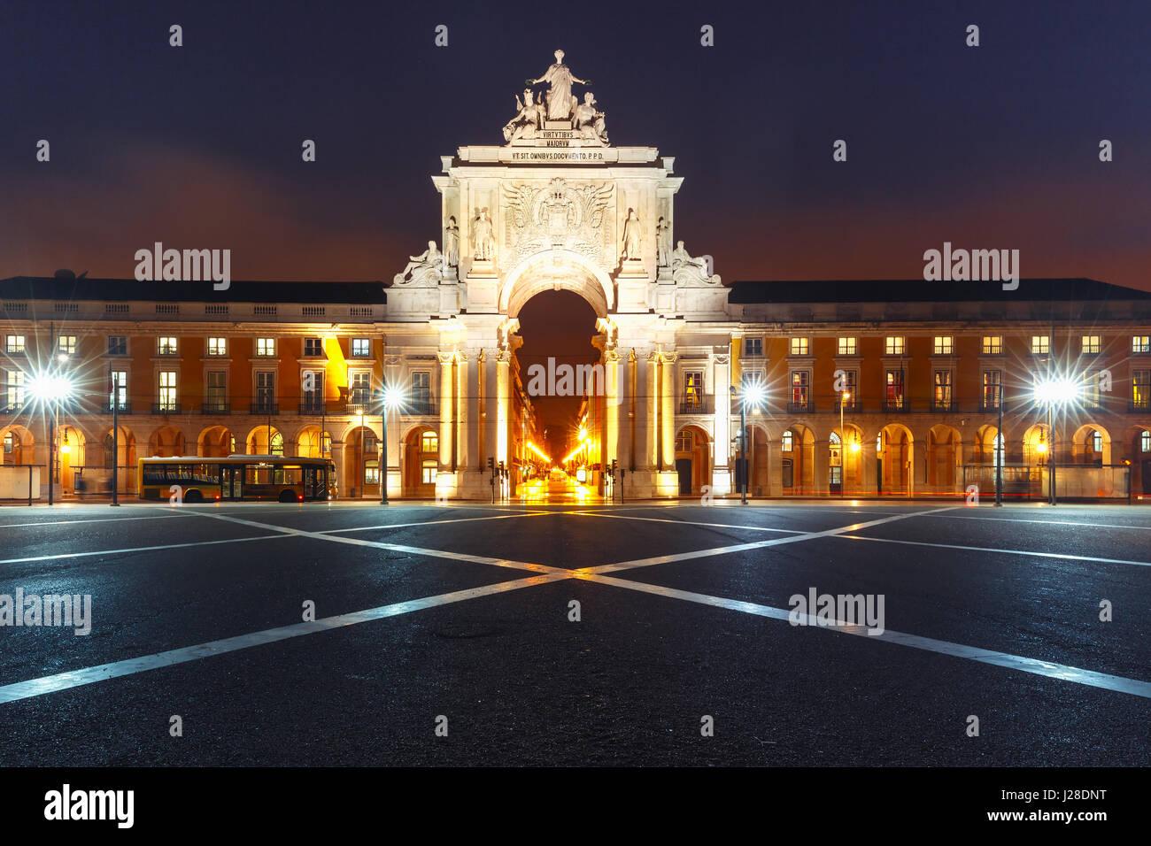 La nuit, Place du Commerce à Lisbonne, Portugal Banque D'Images