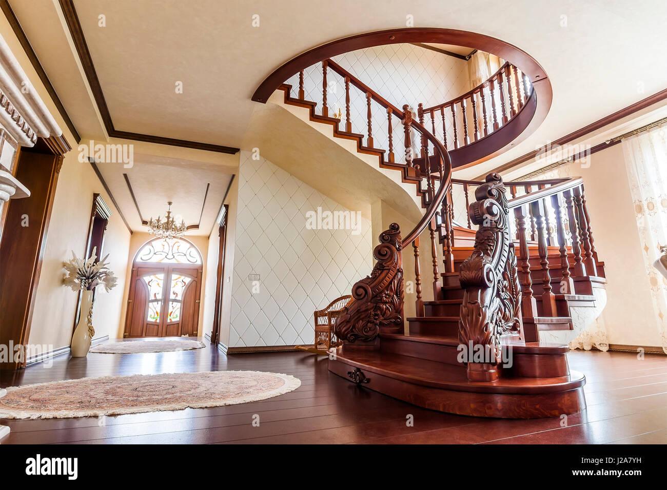 L Architecture Moderne Avec Des Interieurs De Luxe Elegant Classique
